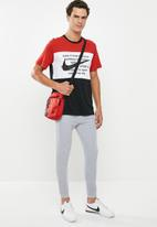 Nike - Nike sportswear swoosh short sleeve tee - multi