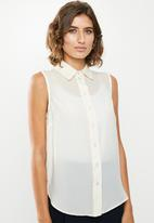 edit - Sleeveless shirt - white