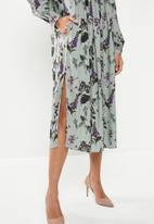 edit - Soft waist midi dress - multi