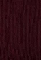 edit - Plisse trousers - burgundy