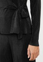 edit - Side tie long sleeve top - black