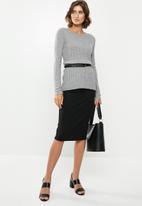edit - Pull on pencil skirt - black