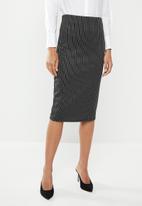 edit - Pull on pencil skirt - stripe