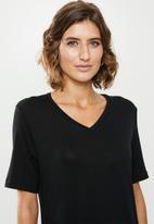 edit - V-neck T-shirt dress - black
