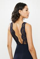 Missguided - Lace fishtail sleeveless low back maxi dress - navy