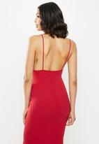 Missguided - Pleated bust fishtail maxi dress - red
