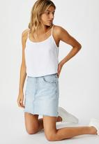 Cotton On - Astrid cropped scoop neck cami - white