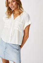 Cotton On - Emily chopped short sleeve shirt - white & yellow