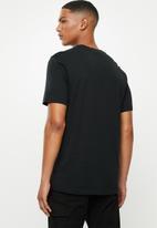 Nike - Ctn jumpman classics short sleeve tee - multi