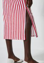 Superbalist - T-shirt dress with boxy sleeve - red & white