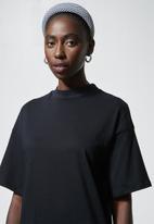 Superbalist - Crew neck T-shirt dress - black