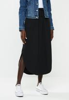 Jacqueline de Yong - Austin treats maxi skirt - black
