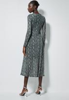 Superbalist - Mesh fit & flare dress - black & grey