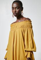 Superbalist - Off the shoulder dress - yellow