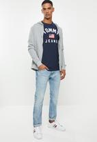 Tommy Hilfiger - Tjm USA flag short sleeve tee - navy