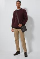Superbalist - Premium crew knit - burgundy