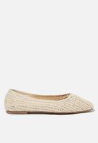 Cotton On - Celia square toe ballet - off white