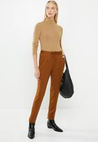 MANGO - Button ribbed top - beige