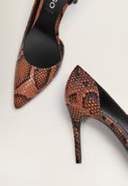 MANGO - Audrey1 court heel  - orange & black
