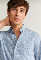 MANGO - Male shirts - blue & white