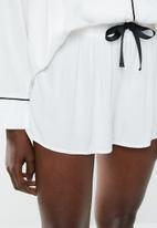 Superbalist - Sleep shirt  & shorts set - milk