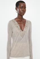 MANGO - Long sleeve lace detail top - pale grey