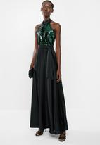 AMANDA LAIRD CHERRY - Sequin halter maxi dress - black & green