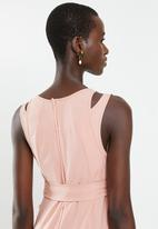 AMANDA LAIRD CHERRY - Double vest belted maxi - pink