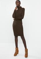 Brave Soul - Midi roll neck rib dress - black & brown