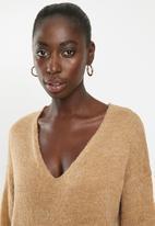 Brave Soul - V-neck front pockets knit dress - brown