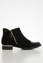 Miss Black - Hadar boot - black