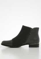 Miss Black - Hadar ankle boot - grey