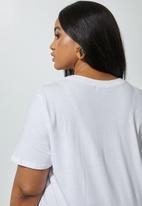 Superbalist - Plus printed tee - white