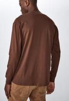 Cotton On - Tbar long sleeve - brown