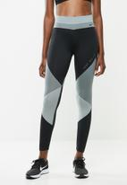 Nike - Nike one colourblock 7/8 tights - black & grey