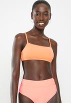 Cotton On - Backless tube bikini top - coral crinkle