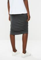 Superbalist - Ruched maternity skirt - charcoal