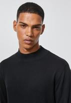 Superbalist - Slim fit high neck knit - black