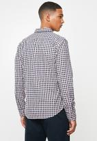 Levi's® - Classic slim fit 1 pocket shirt - navy & pink