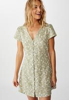 Cotton On - Woven juliette short sleeve mini dress indi floral - green