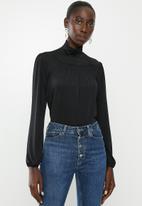 Vero Moda - Ella long sleeve highneck pleat blouse - black