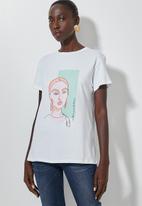 Superbalist - Printed T-shirt  - white