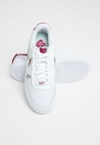 Nike - Court Vision LO Premium - white/noble red-iced lilac