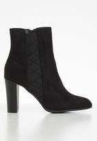 Butterfly Feet - Mocca boot - black