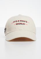 Reebok Classic - Classic it's a man's world cap - cream