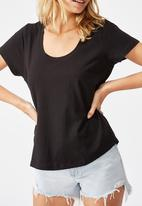 Cotton On - The one scoop tee - black
