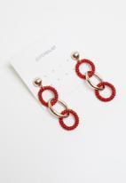 Superbalist - Link hoop earrings - gold & red