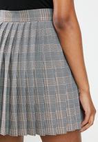 Blake - Pleated check mini skirt - orange & black