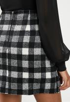 Blake - Check mini skirt - black & white