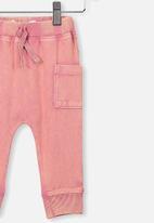 Cotton On - Zac trackpant - rusty blush